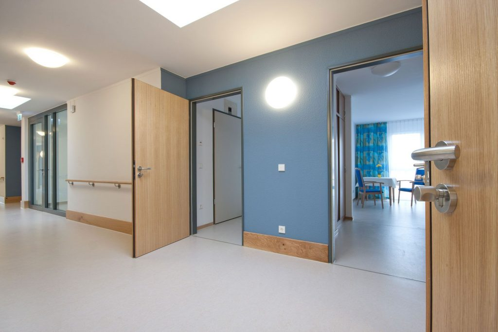 modular nursing home and housing care